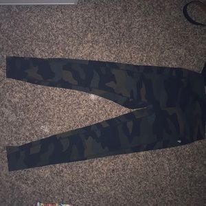 Camo Victoria's Secret pink leggings